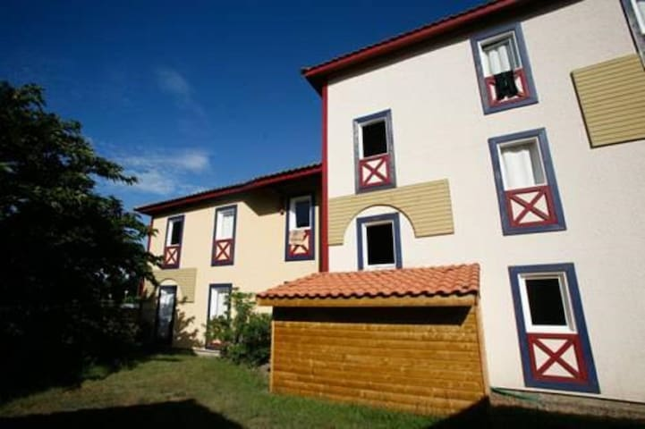 Sun Hols Villas du Lac 1.8 -  Quality 1 Bed Apartment in Healthy Surroundings South West France Coas - Vieux Boucau - Daire