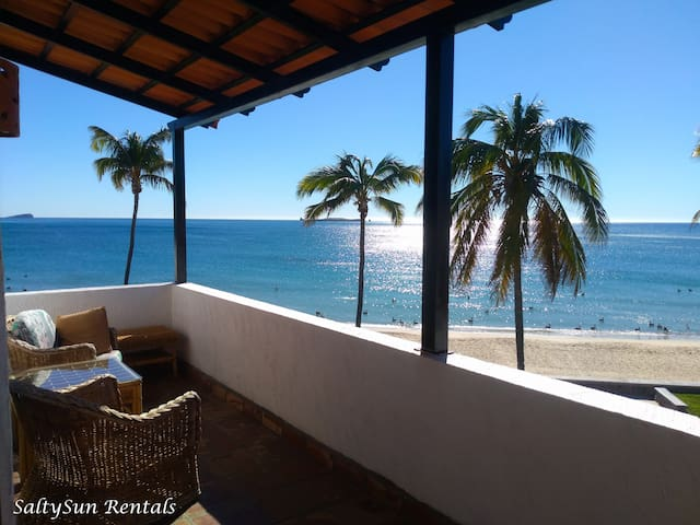 Ocean front 2 bed/2 bath with breathtaking views