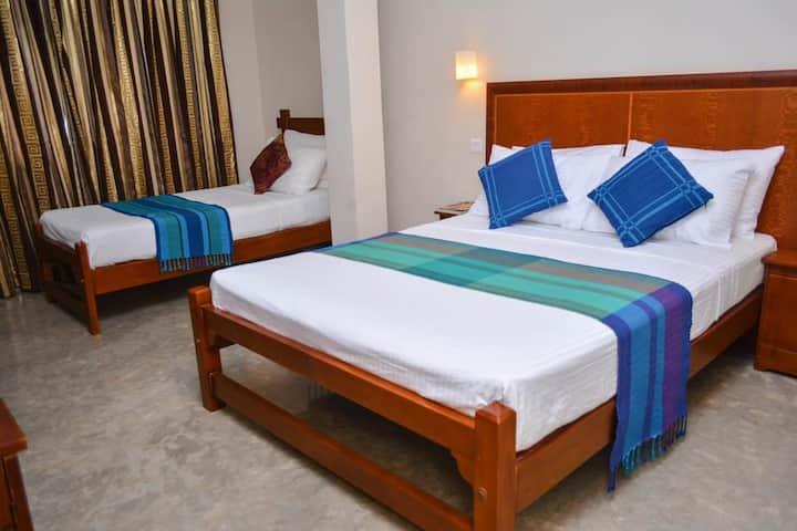 Camarin Residence - Superior Triple Room