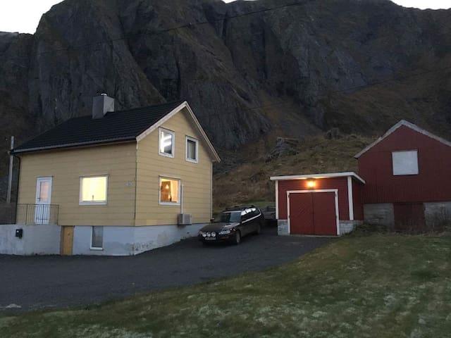 Hansehuset - Vestvågøy - House