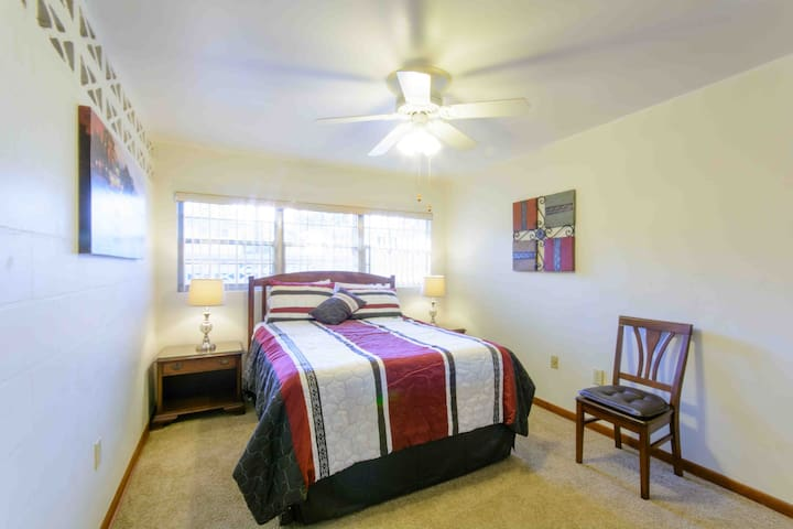 Gainesville Home Suites - 1825A - Gainesville - Flat