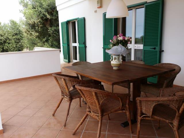 Veranda Est - Appartamento 4p con piscina.