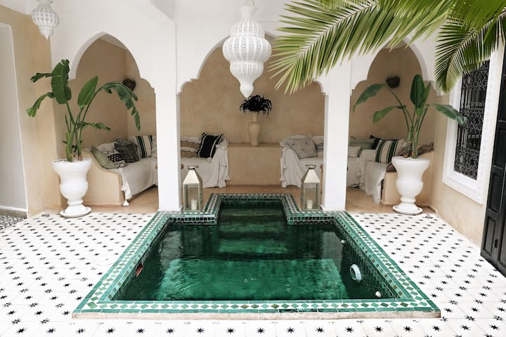 RIAD SHIRAZ ☆ Private House w/Pool Hammam Jacuzzi