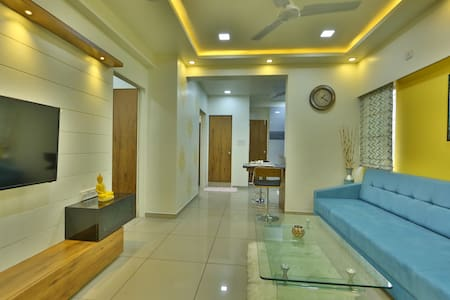 Elegant & Newly renovated place for you..