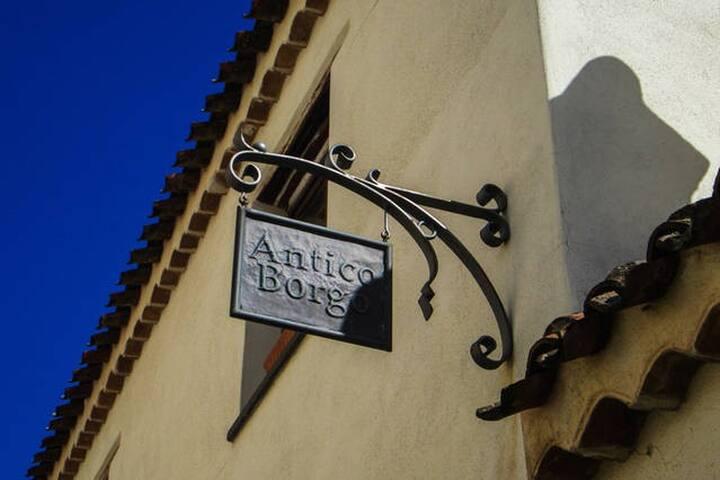 Albergo Antico Borgo Su Catalettu - Galtellì - Boutique-hotell