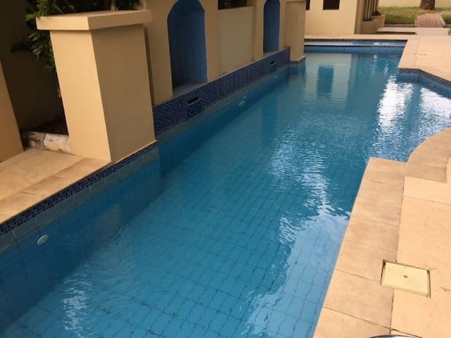 Two bedrooms in apartment with pool in Cantonments