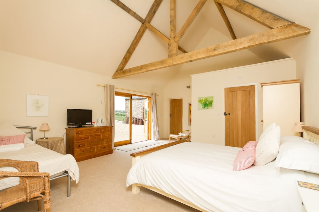 3 bed family suite