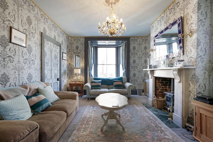 Self catering period house in central Faversham