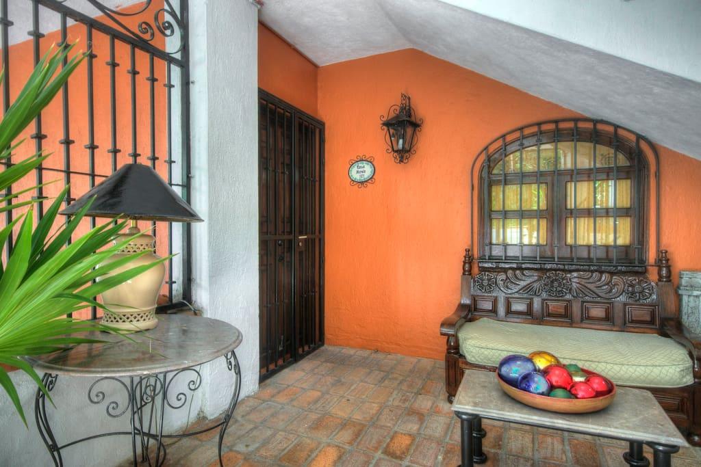 Welcome to Casa Maria! Me Casa Su Casa!