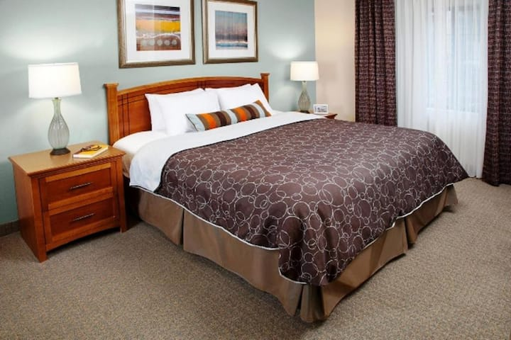 Homely Suite Two Double Beds At Highlands Ranch