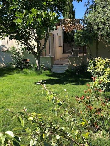 Petite Maison Saint-Rémy-de-Provence