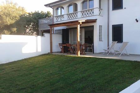 Villa Mariolina - Vlletta vicino alla spiaggia - Siniscola