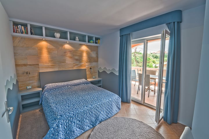 DANTIN Apartments - Blu- 80m from the sea