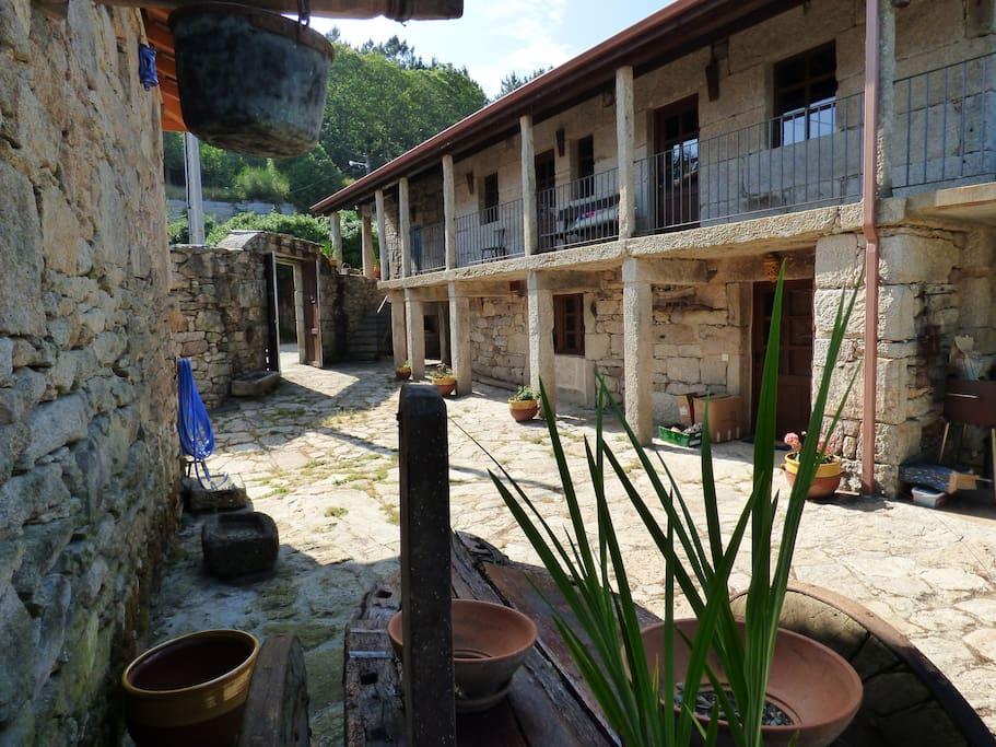 Vistas a la entrada de la casa