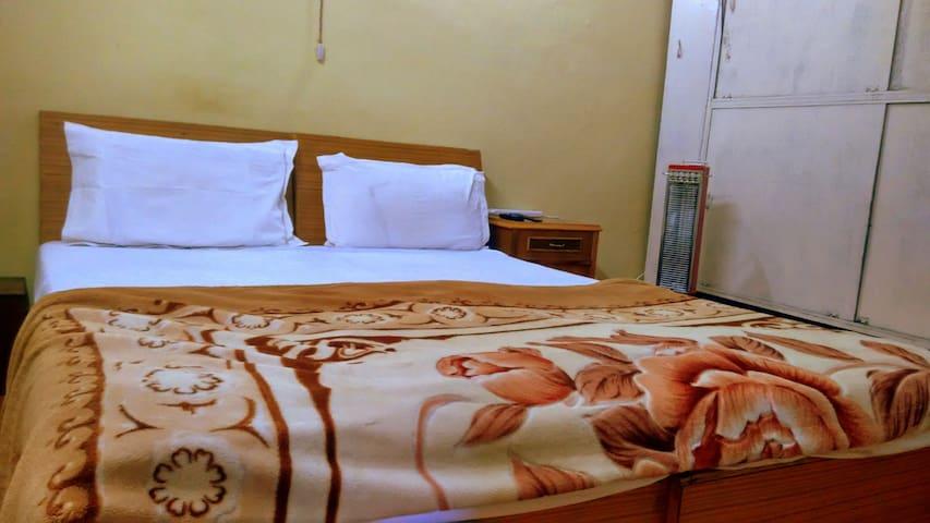 Furnished 1 BHK Apartment Nainital - Nainital - アパート