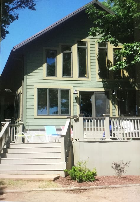 Summer retreat on a premier lake houses for rent in hayward wisconsin united states - Large summer houses energizing retreat ...