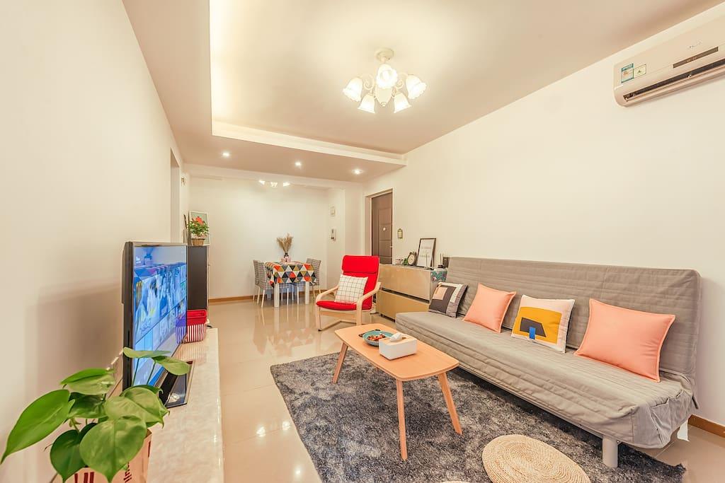 客厅和餐厅 Living room&dining room