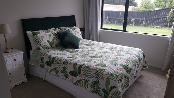 The Fern Room - Style and Comfort