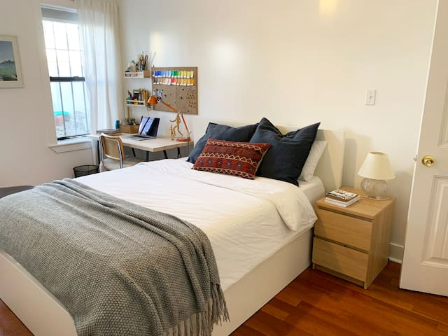 Spacious and Comfortable Suite in Brooklyn