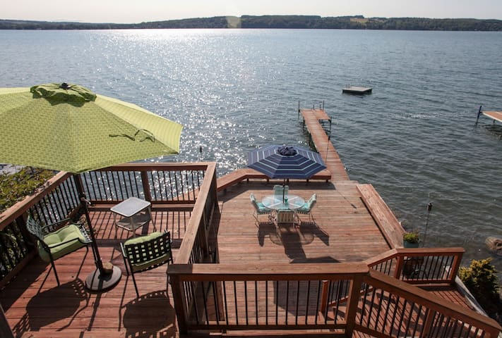 Gorgeous Lake Home Spectacular View