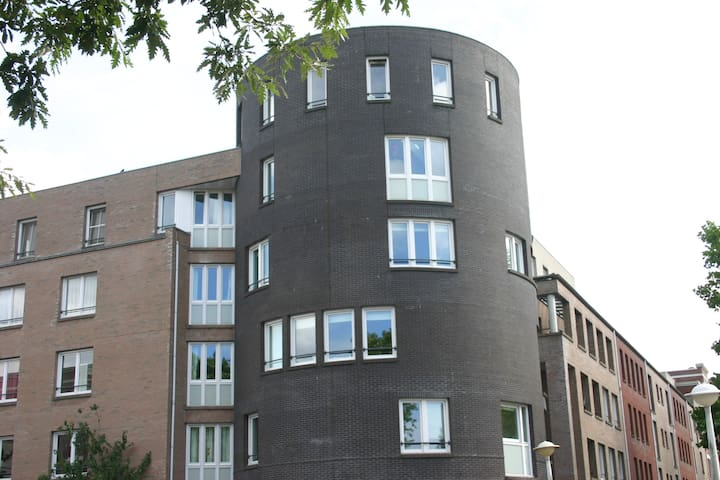 Room with Private Bathroom and Roof Terrace - Amsterdam - Appartement