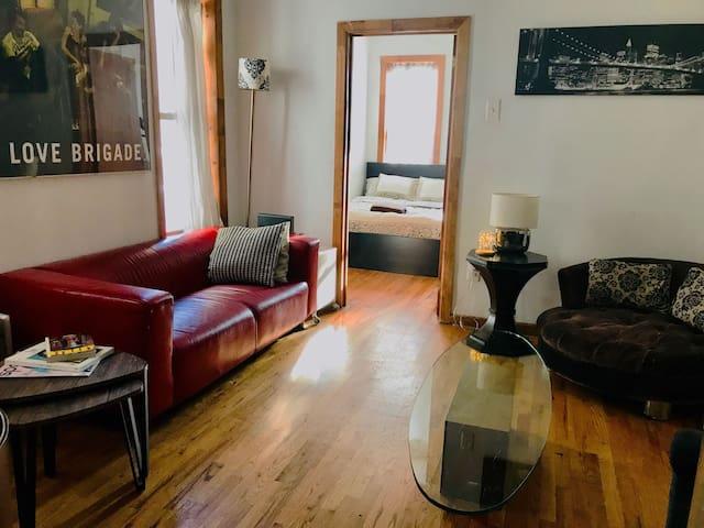 2 Bedroom apartment in Prime Williamsburg!