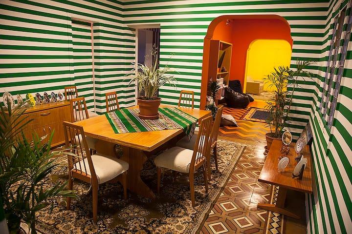 Casa Inclán: céntrica, amplia, cómoda y segura