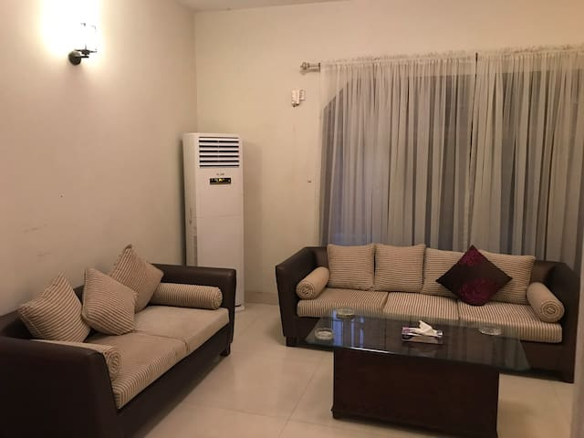 Private 1 bedroom tv lounge & kitchen Model Town.