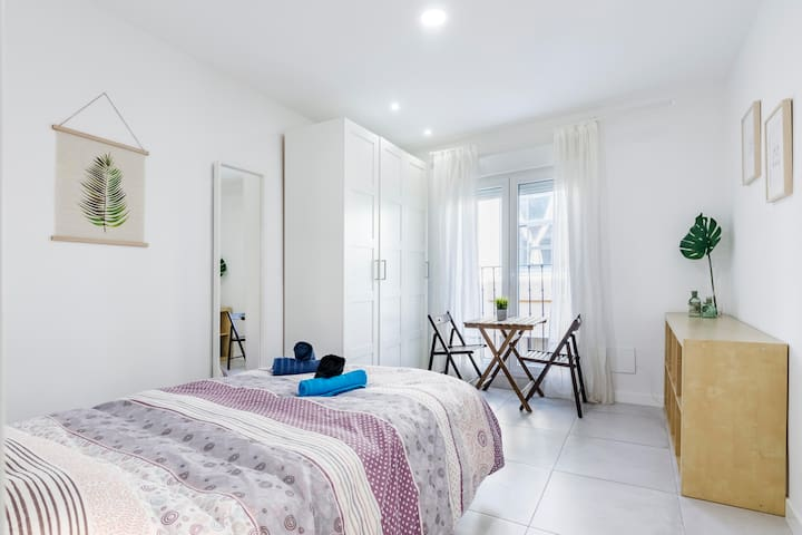 Bright apartment in the heart of Malasaña