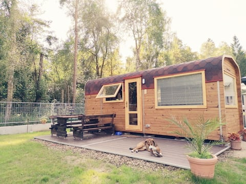 Behagliches Tiny House mit großem Garten & Feuerstelle, in ruhiger Lage am Waldrand