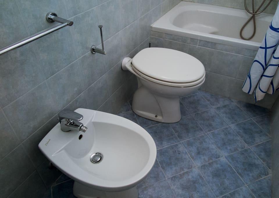 un particolare del bagno