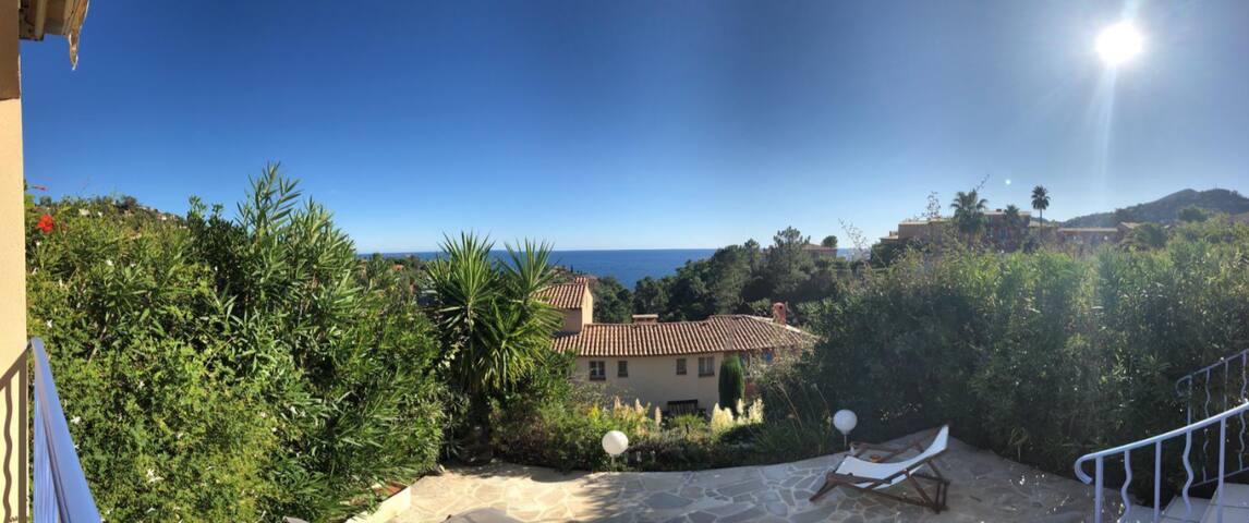 Sensationeller Côte d'Azur-Meerblick