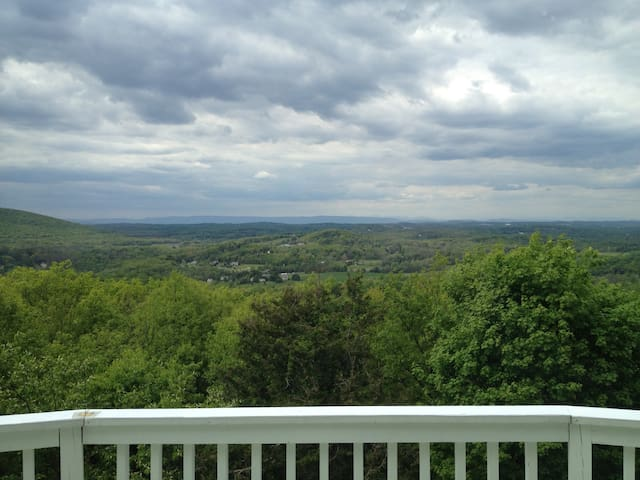 Guidebook for Cornwall & Hudson Valley!
