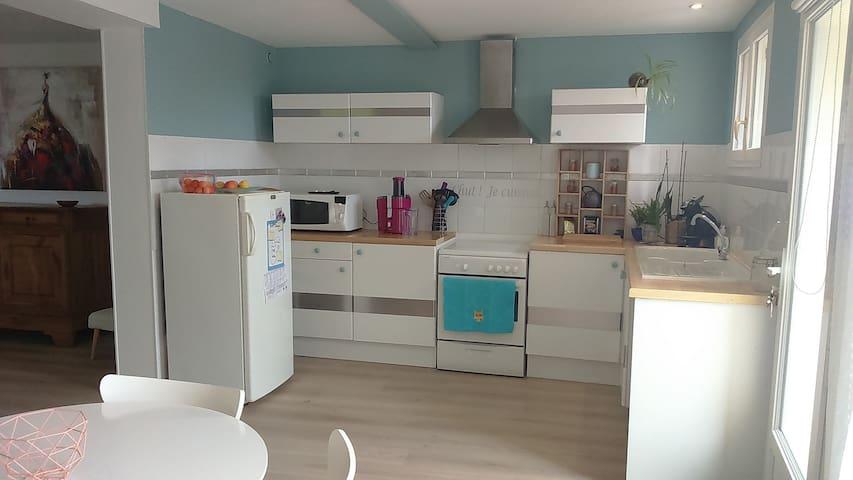 Agréable T3 calme,jardin,proche La Rochelle: 10 mn - Dompierre-sur-Mer - Apartamento
