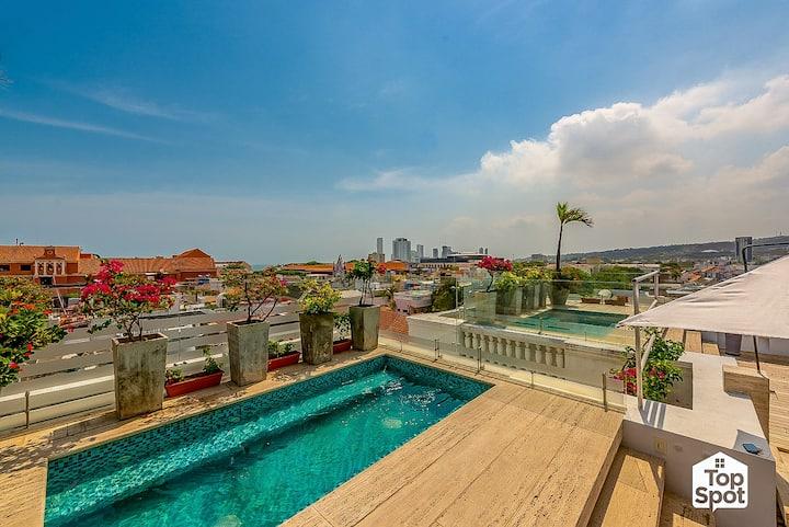 Stylish Duplex PH @ the Heart of Walled Cartagena!