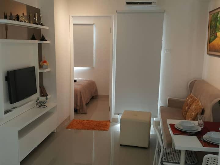 2BR comfort apartment Senayan/Permata Hijau area