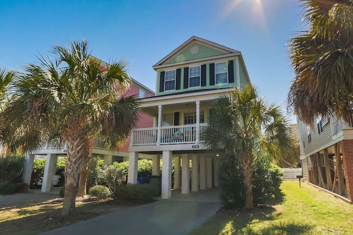 Sherbet Hermit, 5BR with Private Pool, Book Now for Summer, 75 Steps to Beach, Small Dog ok w/fee - Surfside Beach - House