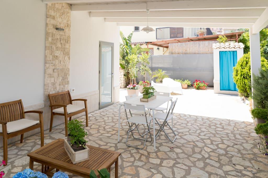 spazio esterno-giardino