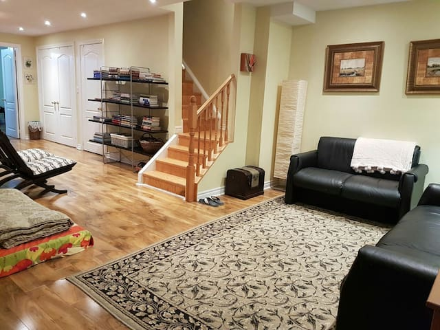 Large, Cozy Basement with Elegant Master Bedroom