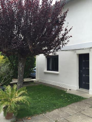 Grande maison agréable et cosy ! - Auzeville-Tolosane - House