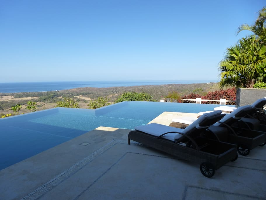 Morning views across the infinity pool to the Pacific Ocean.