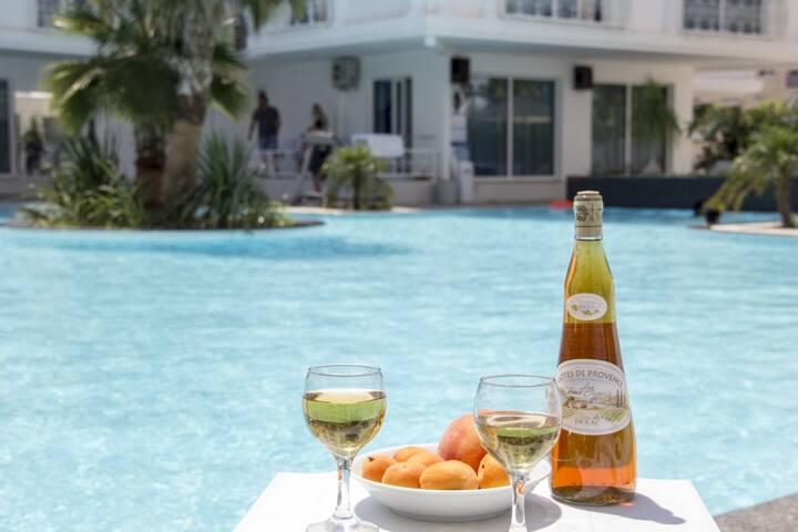Lovers holiday place.Antalya .HUN CLUB 2