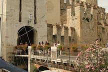 Ponte di accesso al centro storico Old town bridge entrance