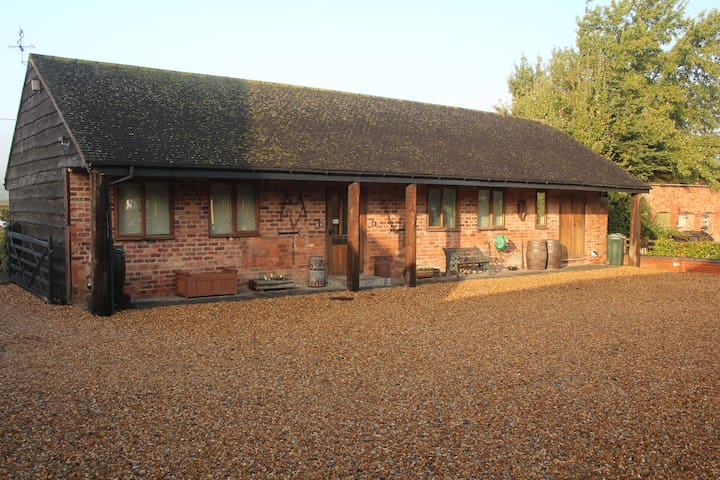 Berry Lodge Farm - The Dairy - Lodge 2
