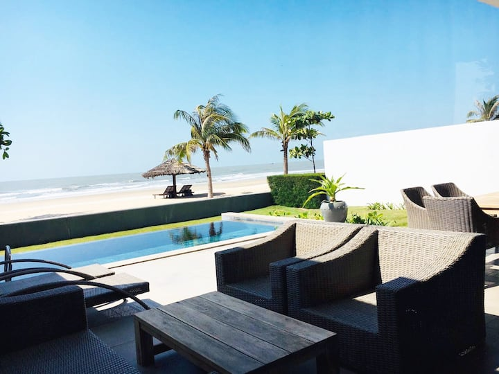 Beachfront villa Sanctuary Ho Tram Vietnam