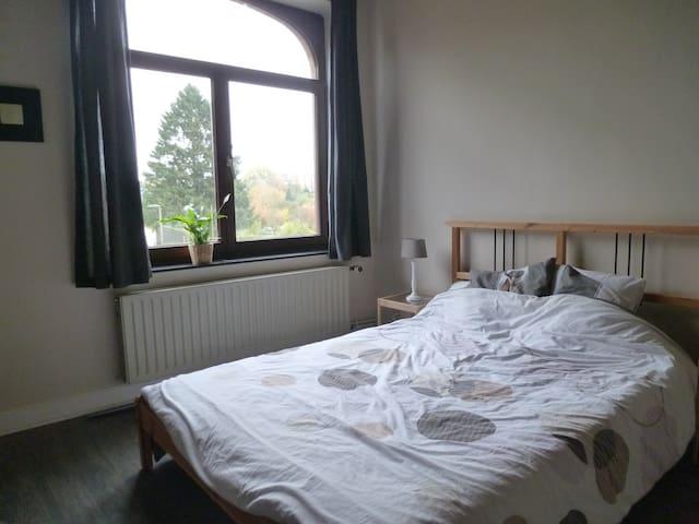 Jolie chambre à Bastogne - Bastogne