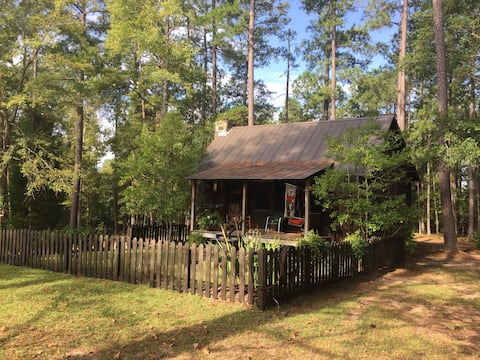 Antique Milledgeville Cottage