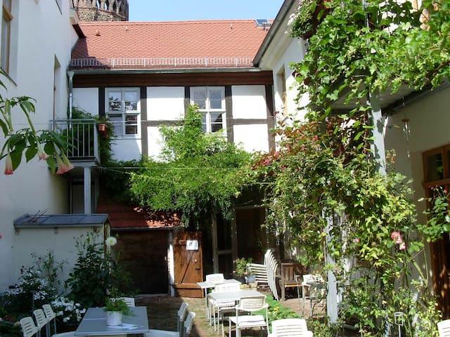 Schöne Ferienwohnung in der Altstadt - Brandenburg an der Havel - Apartment