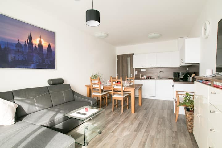 Light, clean and cheep flat 13 min from centrum