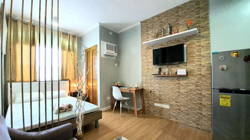 Clean & Modern Condo-Near Airport & Diving Spots